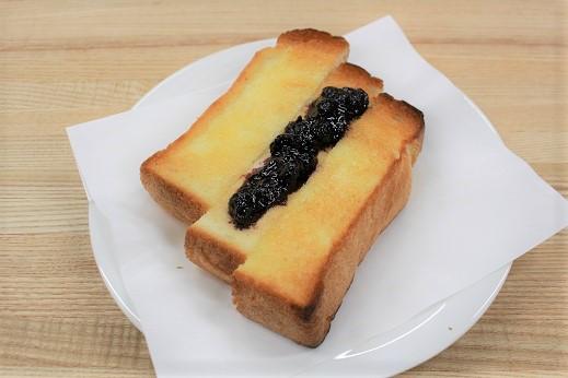 トースト(自家製パン)